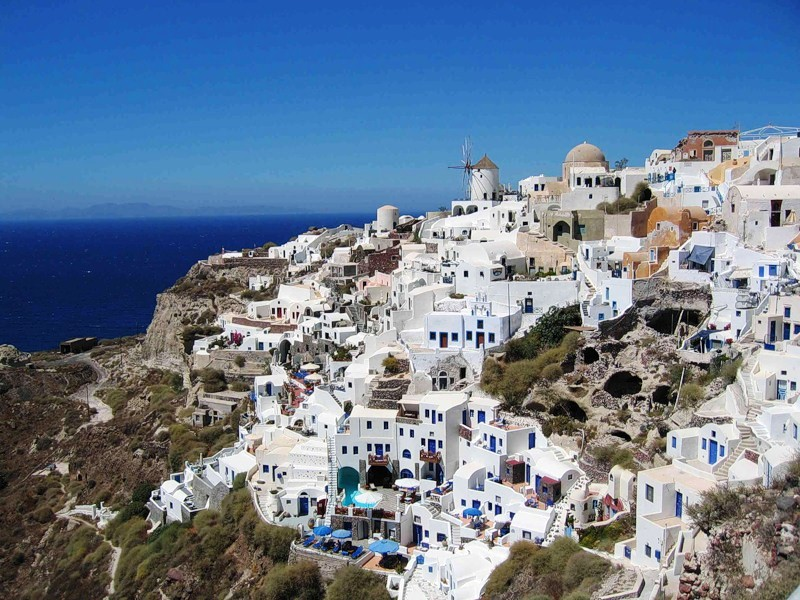 The cost of housing in the island of Chios in the sea